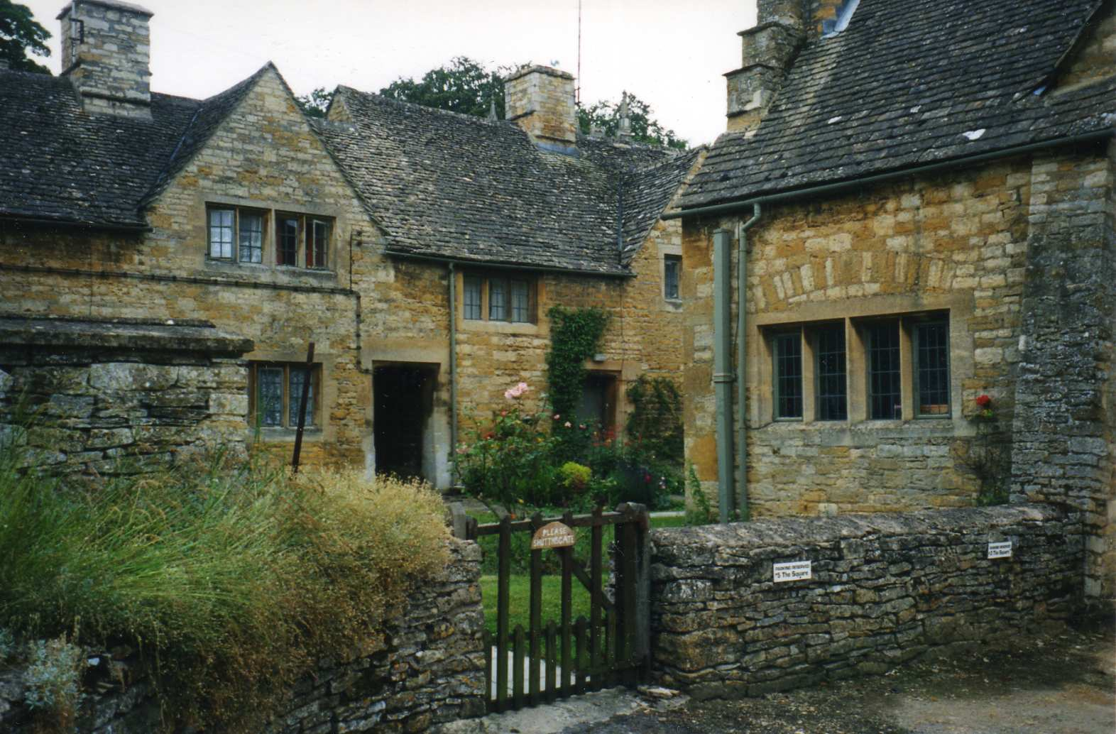 Phlit: A Newsletter on Philosophy and Literature: Two ... Quaint English Cottages
